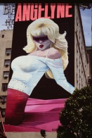 Hypad pin up girl och B-skådis I Los Angeles