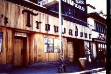 Klassisk rockklubb i Los Angeles där bl a The Doors spelat.